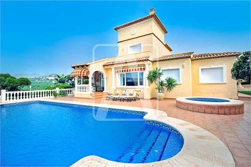 Villa, Spain