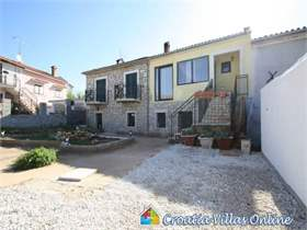 3 bed Villa in Kastelir, Croatia